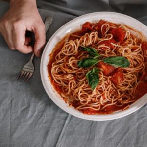 éliminer tâches sauce linge de maison